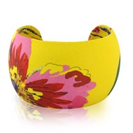 LEATHER CUFF IN YELLOW WITH PINK FLOWER MOTIF