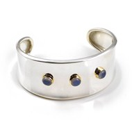 SILVER CUFF WITH CHALCEDONY IN GOLD